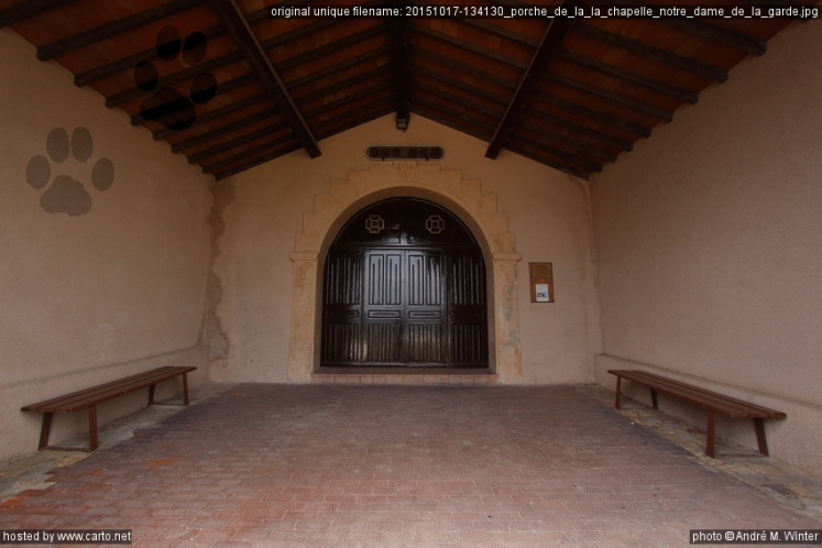 Porche de la la Chapelle Notre Dame de la Garde